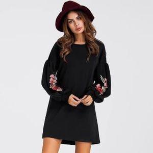 Short Black floral long sleeve tunic dress